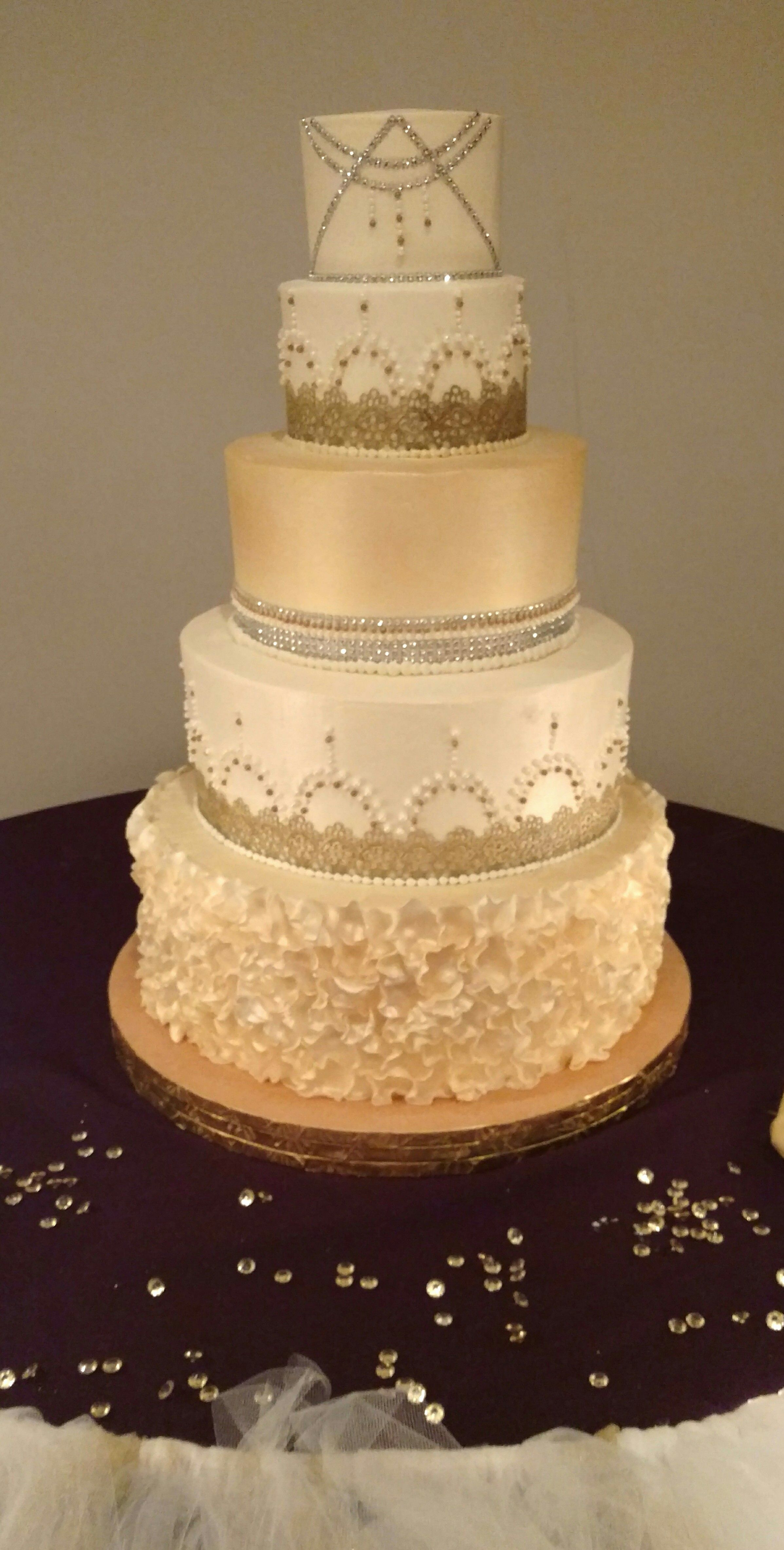 Its All About The Detail In Any Spectacular Wedding Cake Design European Bakery Custom Cakes Are Just Ticket