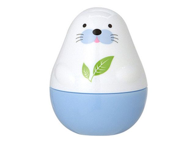 And this adorable green tea-scented hand cream will keep your paws in perfect shape.   19 Insanely Cute Products For People Who Are Obsessed With Seals