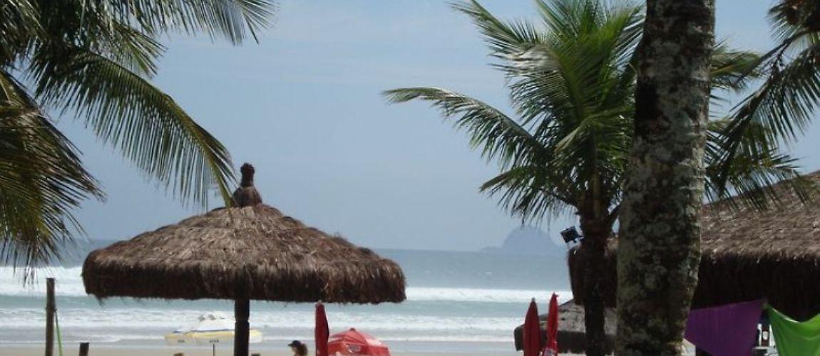 Passe a Semana Santa de 02/04 à 05/04 nesse apartamento aconchegante na Enseada, Guarujá/SP! Reserve Agora: http://www.casaferias.com.br/imovel/101704/pertinho-da-praia-ar-cond-wi-fi-2-camas-casal  #feriado #semanasanta