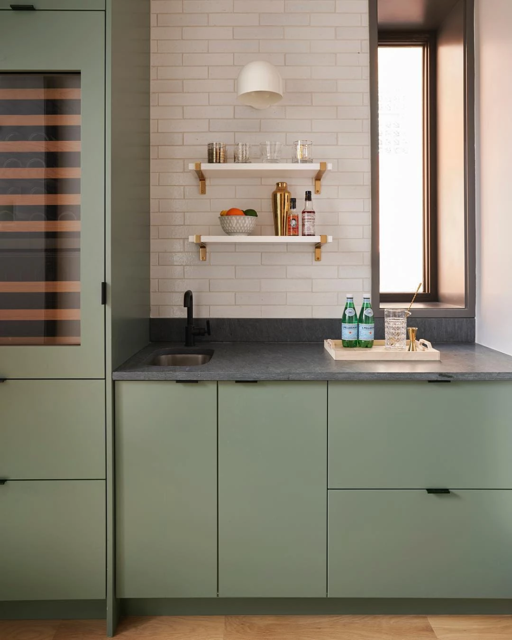 Contemporary Chicago Kitchen For The Modern Family In 2020
