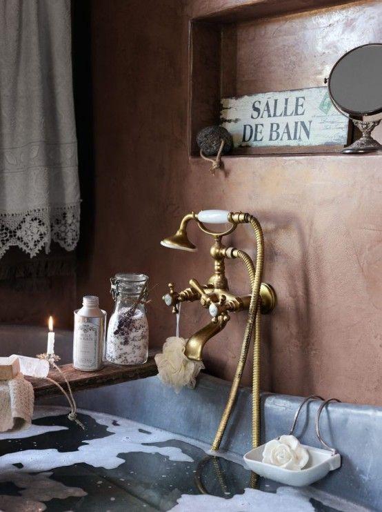 Faszinierende Vintage Badezimmer Dc3a9cor Mit Kupfer Wasserhahn