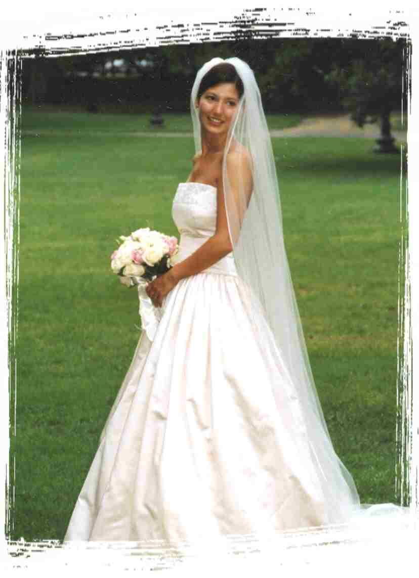 cute white wedding dress   Modern Day Lucie Manette   Pinterest ...
