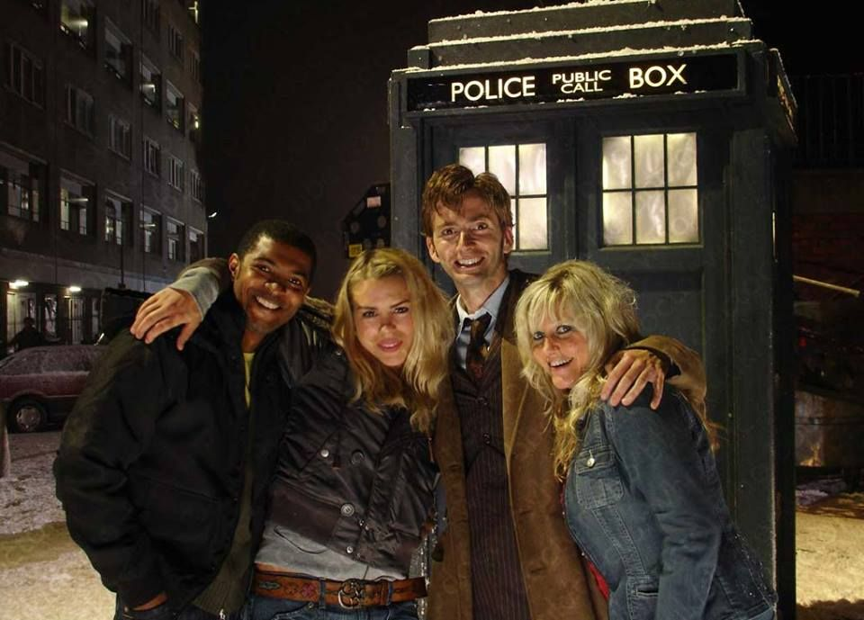 photo of the day 5th december 2016 doctor who the christmas invasion cast - The Christmas Box Cast