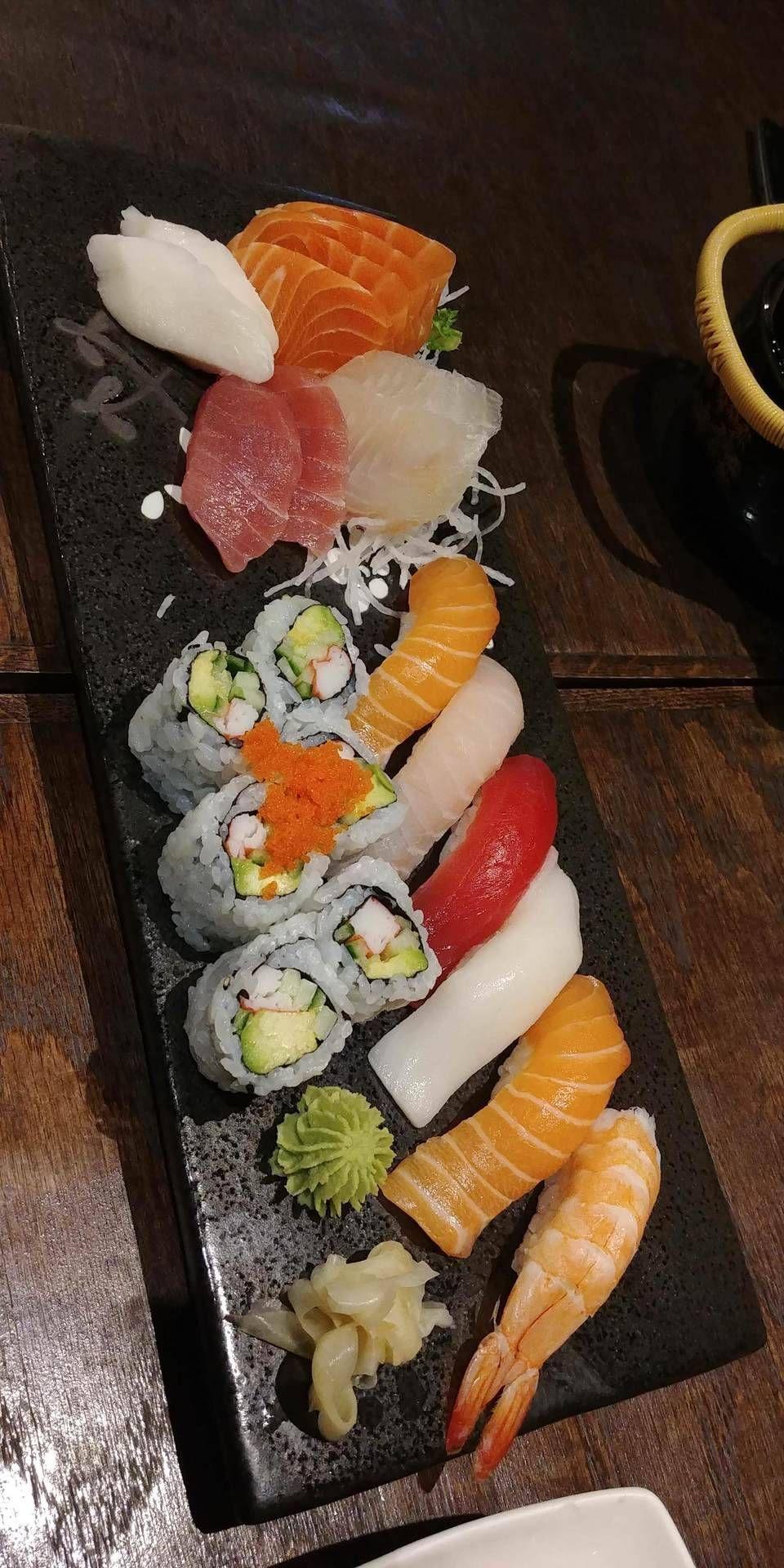 Feed Me Sushi Ide Makanan Makanan Enak Fotografi Makanan