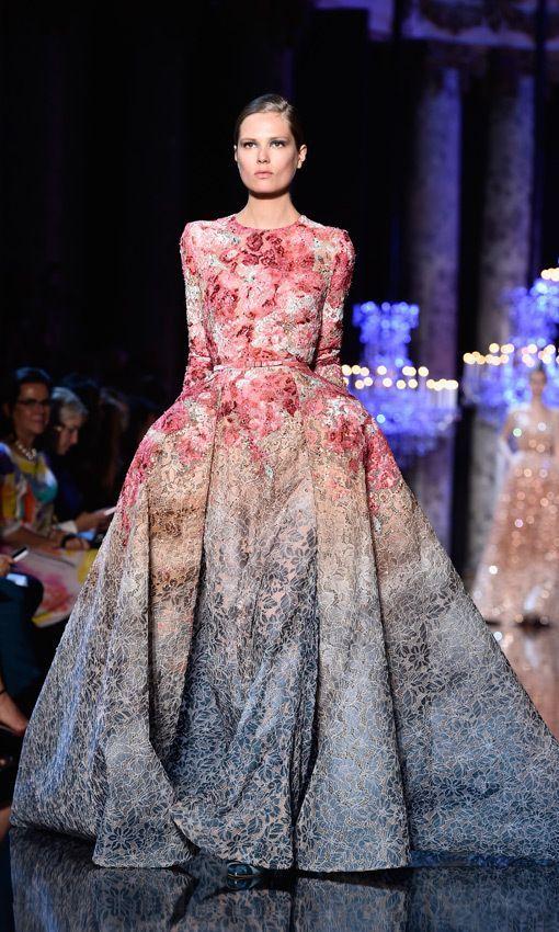 Buntes Haute-Couture-Kleid von Elie Saab | Gowns, Couture and Haute ...