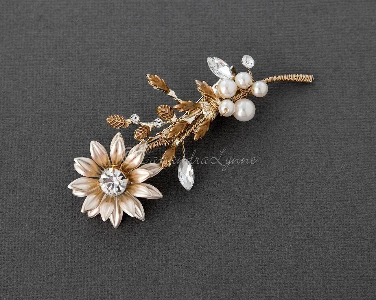Small Flower Bridal Hair Clip with Pearls in Gold Bridal Hair
