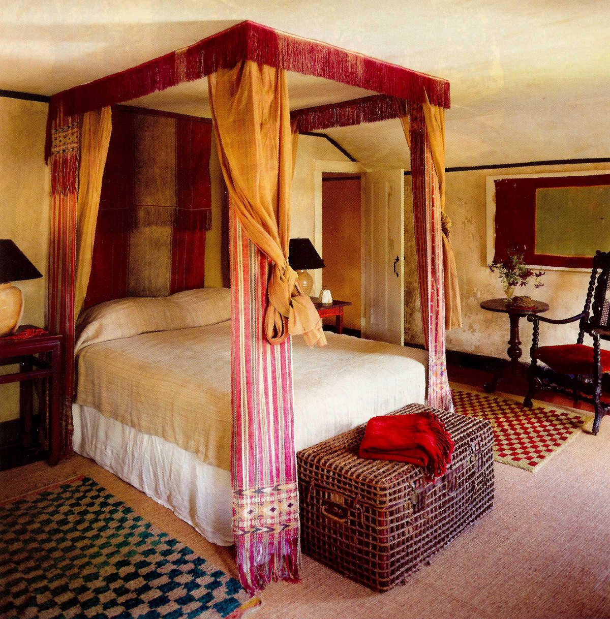 draped canopy beds - four poster canopy bed draped in antique