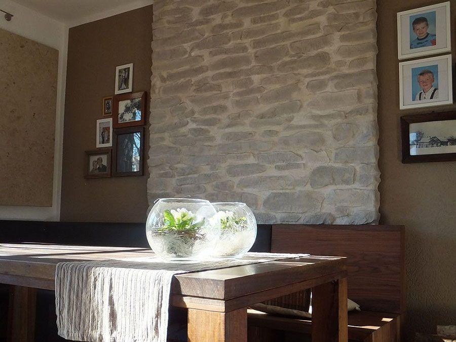 Steinwand wohnzimmer wandgestaltung wohnzimmer pinterest for Dekorative bilder wohnzimmer