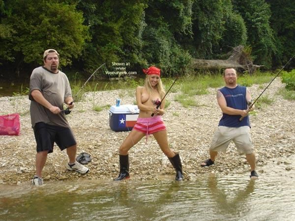 naked-redneck-girls-fishing