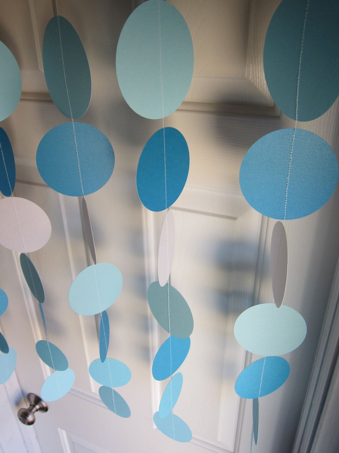 Paper Garland Blue and White Circles Dangling by SuzyIsAnArtist Frozen Bday  Party, Frozen Theme,