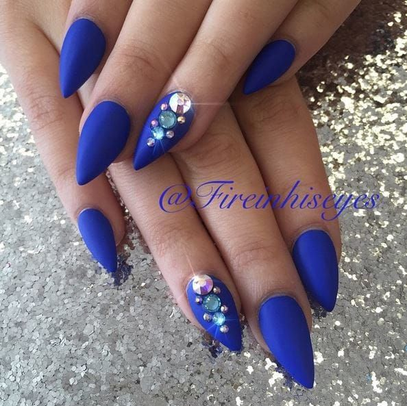 16 Royal Blue Manicures You Ll Want To Rock This Season