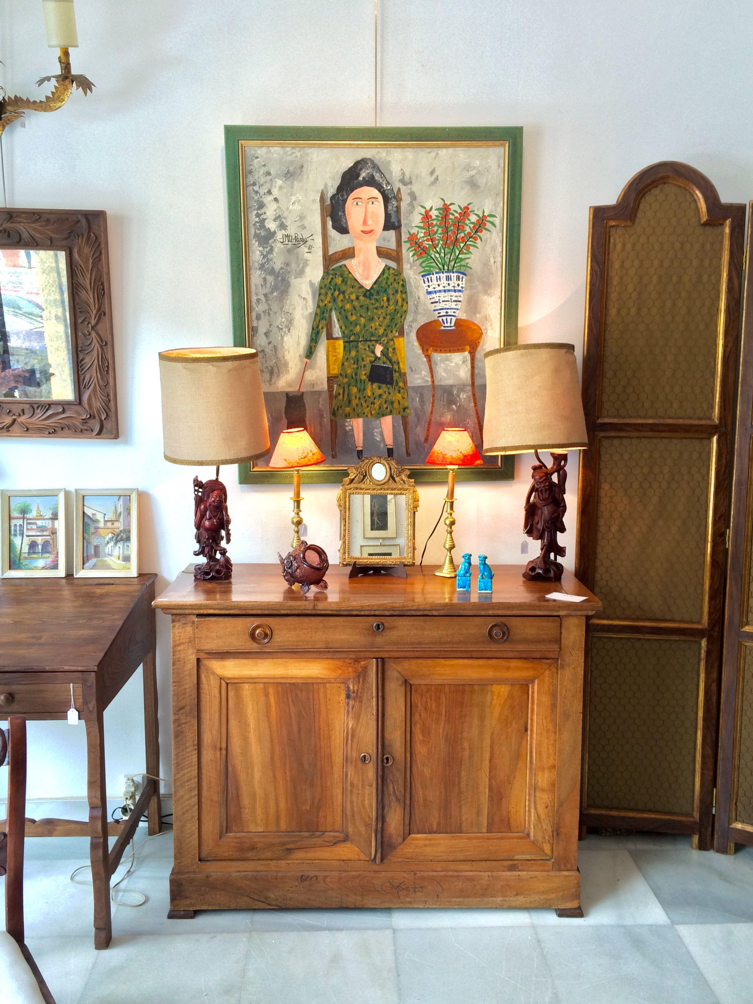 LUNO es una tienda de antigüedades y decoraci³n en las Galerias