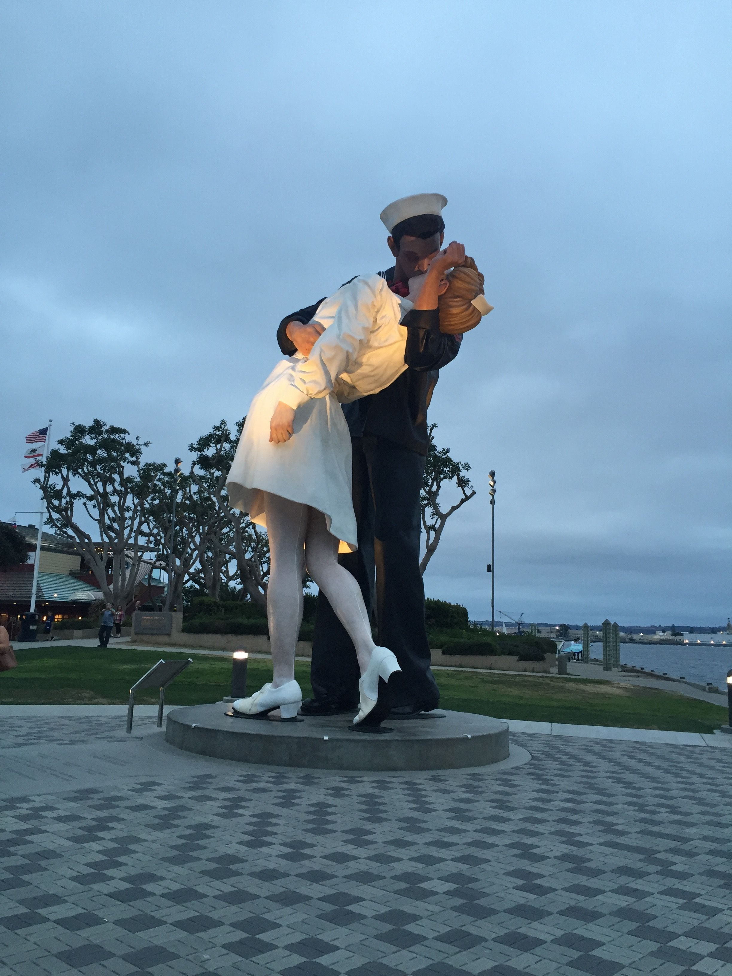 The iconic Sailor and nurse kiss statue in San Diego