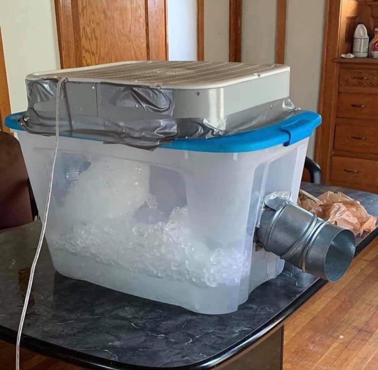 Texas improvised AC Stay cool, Funny pictures tumblr