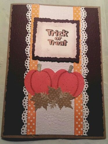 Halloween Card / Made with Sizzix, Stampin' Up & Martha Stewart Border Punch / Handcrafted By Cindy Babich  2013