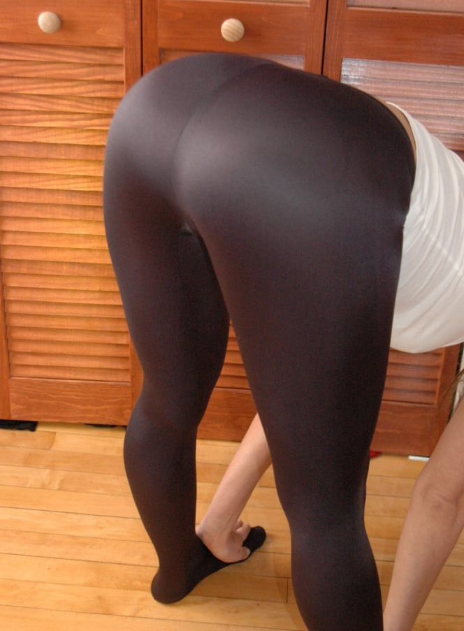 yoga pants ass