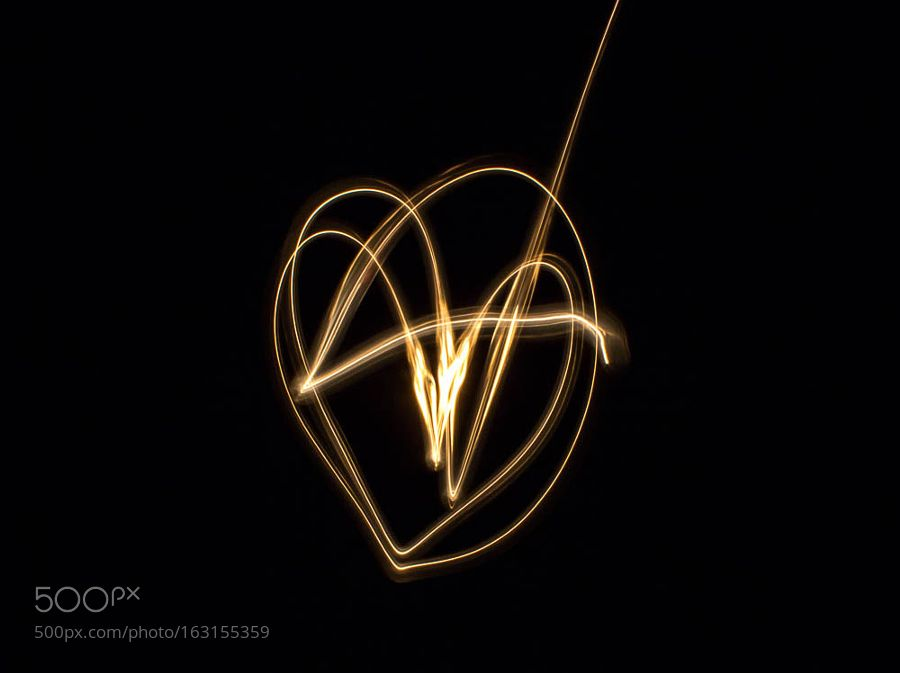 Light Painting 2/4 by bonniechow