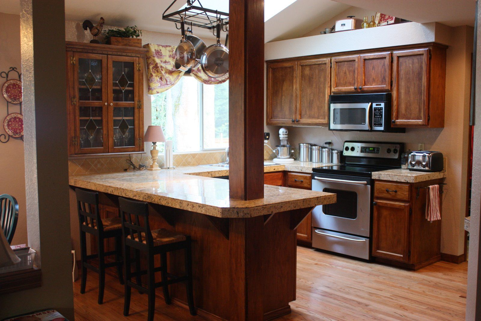 Best Small Kitchen Remodeling Ideas Small Kitchen Remodel 640 x 480