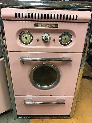 Vintage-Western-Holly-porthole-wall-oven-set-Pink-Retro
