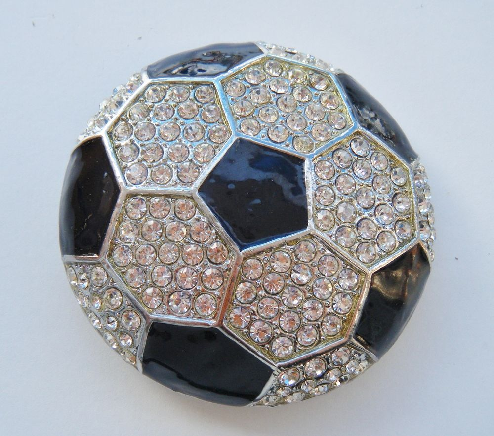 SOCCER BALL BELT BUCKLE RHINESTONES SPORTS BALLS TEAM PLAYERS COOL BELTS BUCKLES #Coolbuckles #Sports