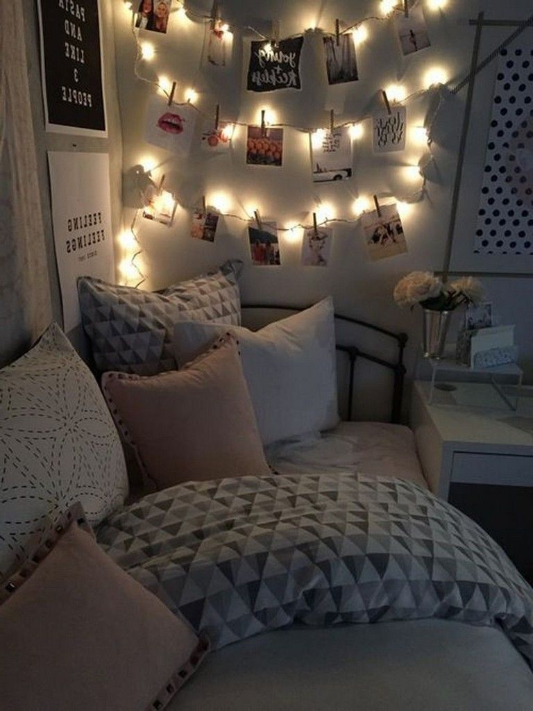41 simple and creative diy dorm room decorating ideas on on cute girls bedroom ideas for small rooms easy and fun decorating id=65954