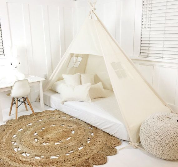 Play tent canopy bed in natural canvas kinderzimmer for Betthimmel kinderzimmer junge