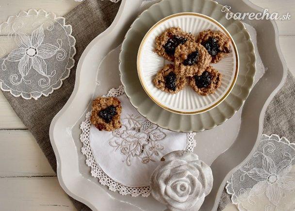 Vegan cookies z vlašských orechov a ovsených vločiek