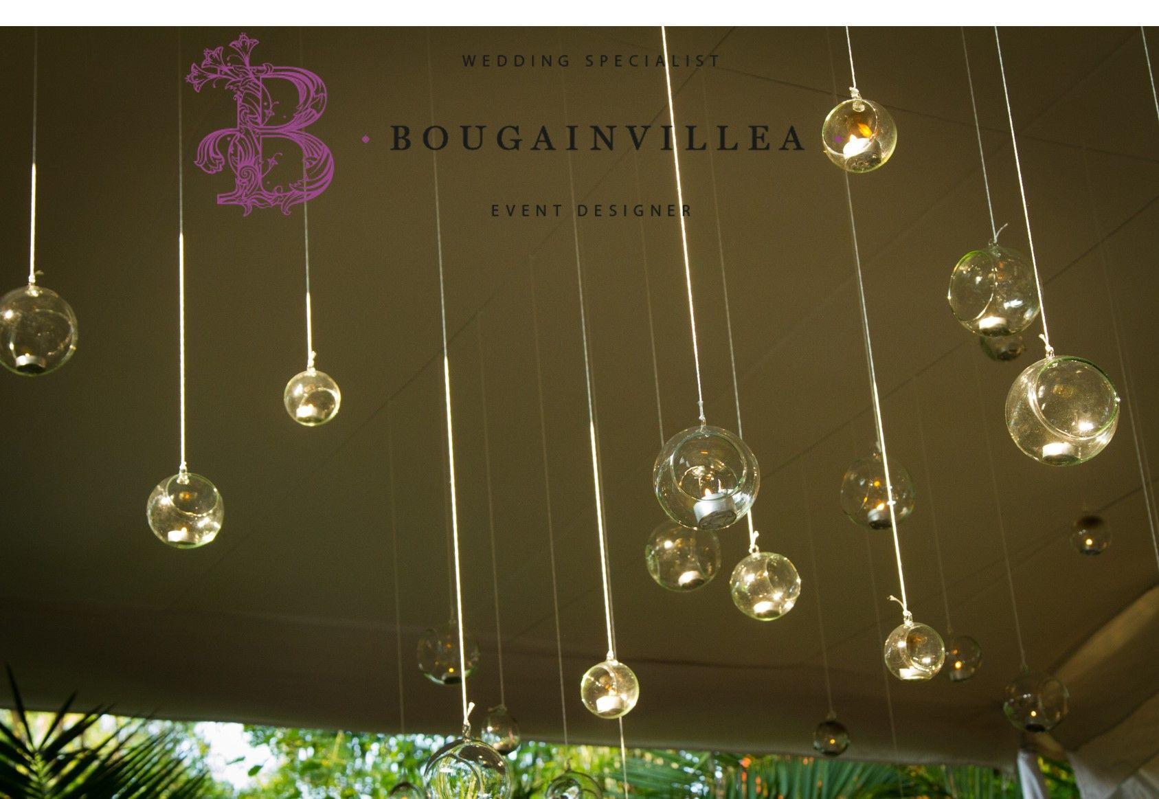 Esferas de cristal para la decoración de tu boda por www.bougainvilleabodas.com.mx Bodas San Miguel de Allende
