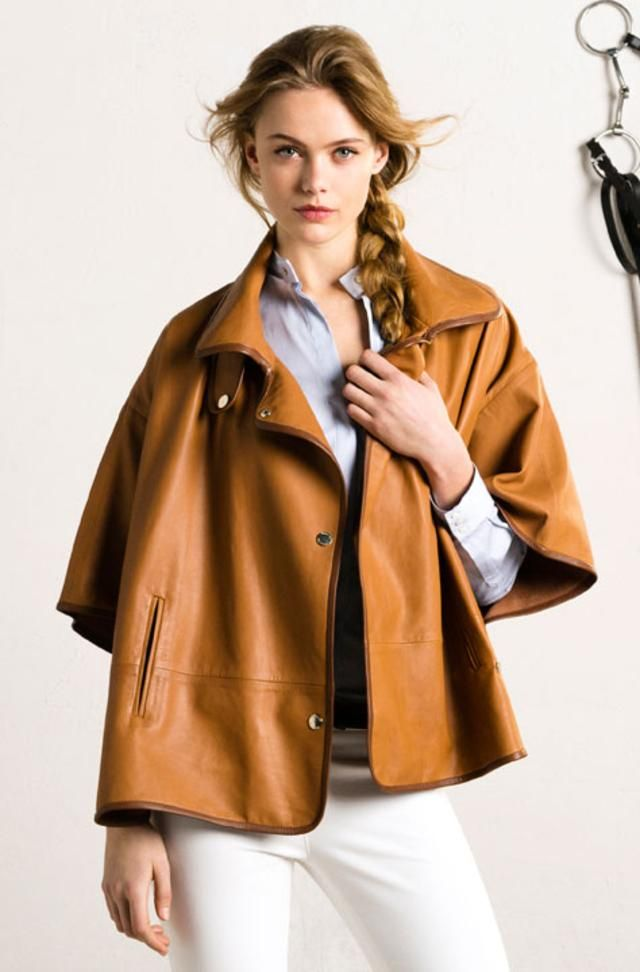 LEATHER CAPE LIMITED EDITION by Massimo Dutti