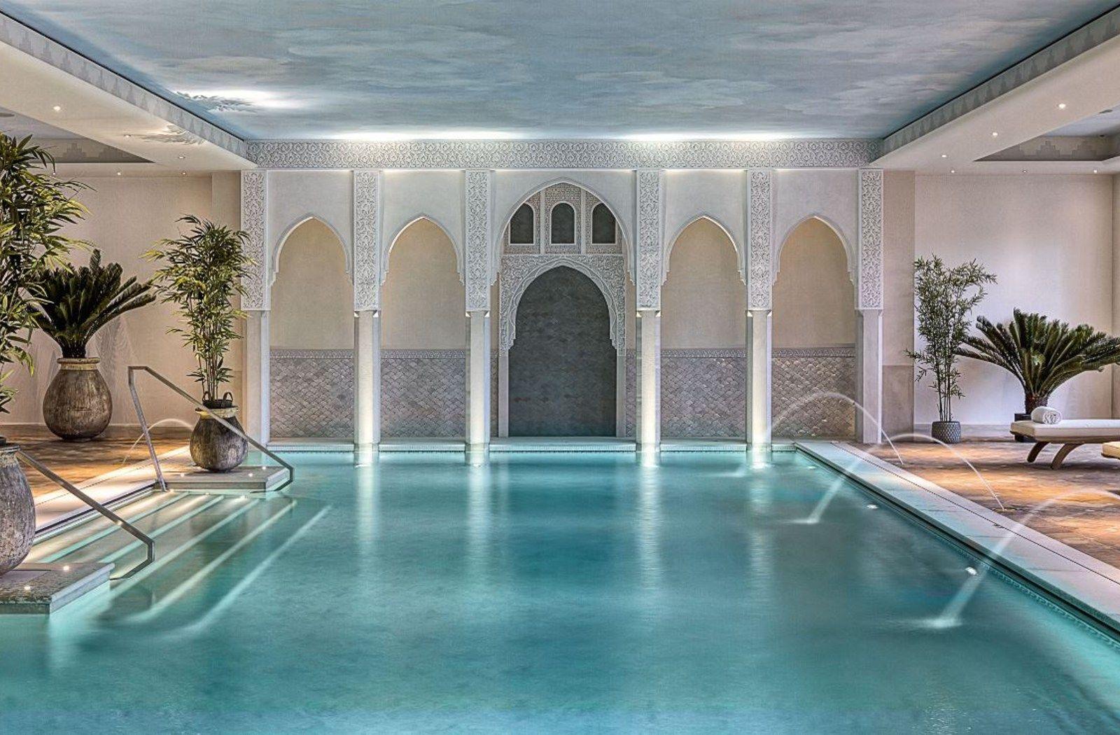 Spa milano palazzo parigi luxury pools for Design hotel parigi