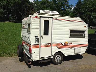 NICE SMALL 11 ft CAMPER with AIR CONDITIONING 81 Sunline