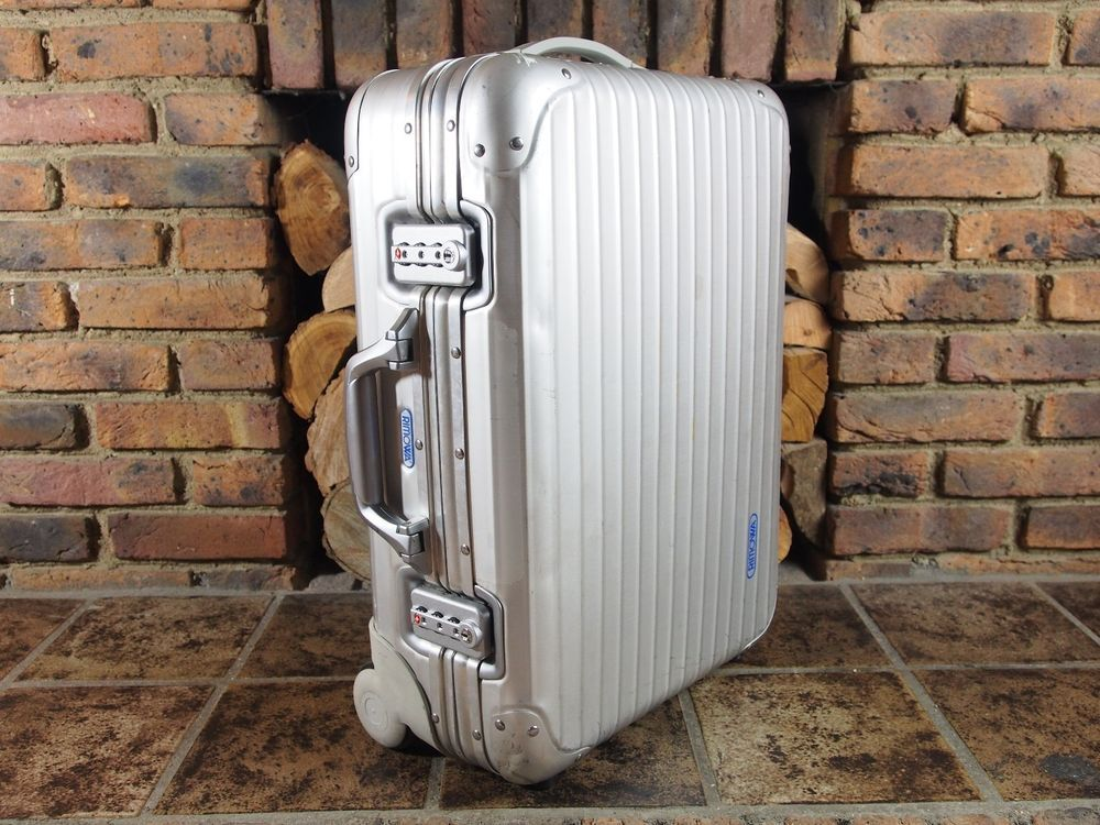 rimowa topas cabin 2 wheel carry on 32l aluminium trolley. Black Bedroom Furniture Sets. Home Design Ideas