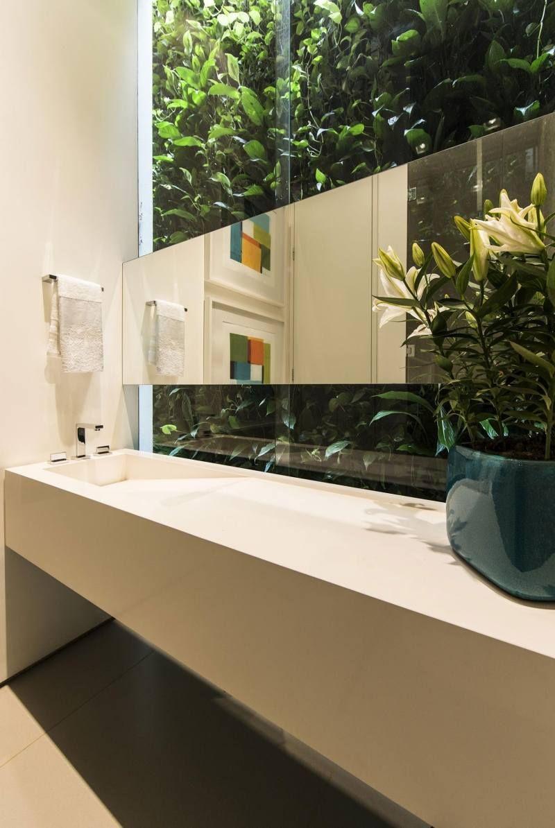 im badezimmer sind die kletterpflanzen auch zu sehen gr nes badezimmer pinterest. Black Bedroom Furniture Sets. Home Design Ideas