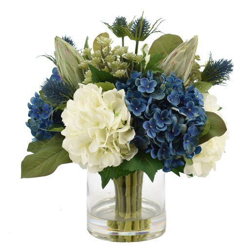 Hydrangea Floral Arrangement In Vase Blue Flower Arrangements Hydrangea Arrangements Flower Arrangements