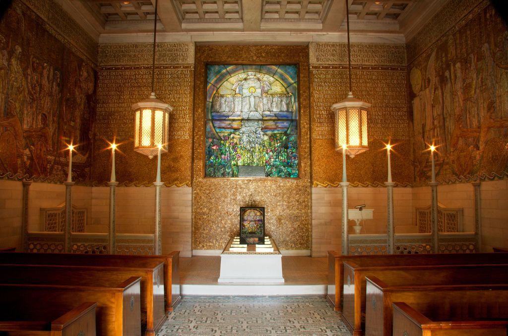 Interior Wade Memorial Chapel, Lake View Cemetery