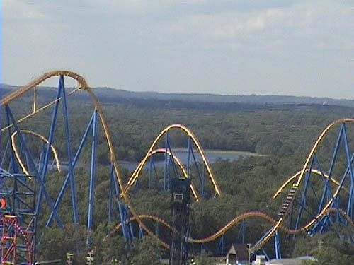 10 Amazing Scariest Rollercoasters In The World Six Flags Great Adventure Greatest Adventure Roller Coaster