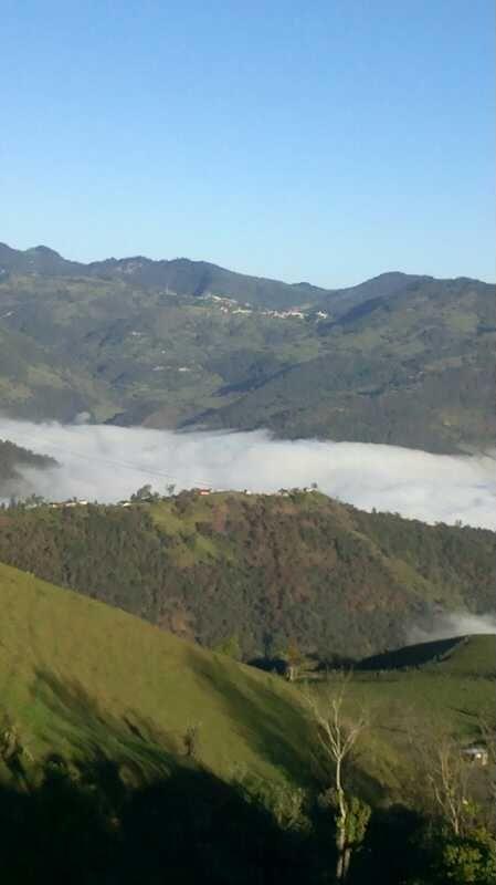 Siii, es neblina sobre las montañas!!! :D!!