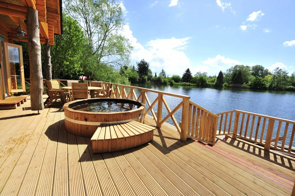 Romantic getaways uk luxury romantic weekend breaks for for Luxury spa weekends for couples