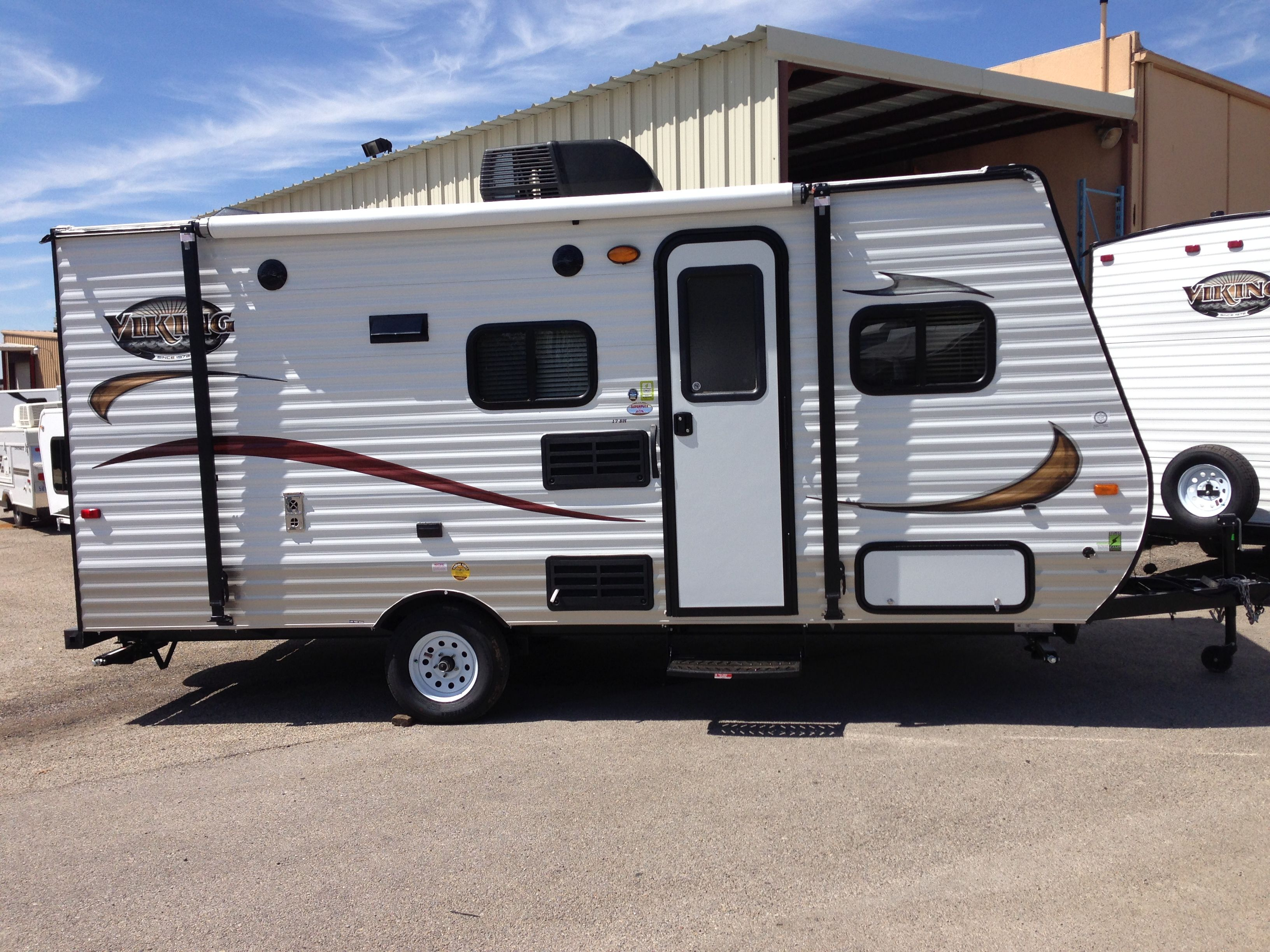 April 11 2014 Picked Up My Brand New 2015 Viking 17bh Travel Trailer From Western Campers In Fort Worth Camping In Texas Recreational Vehicles Travel Trailer