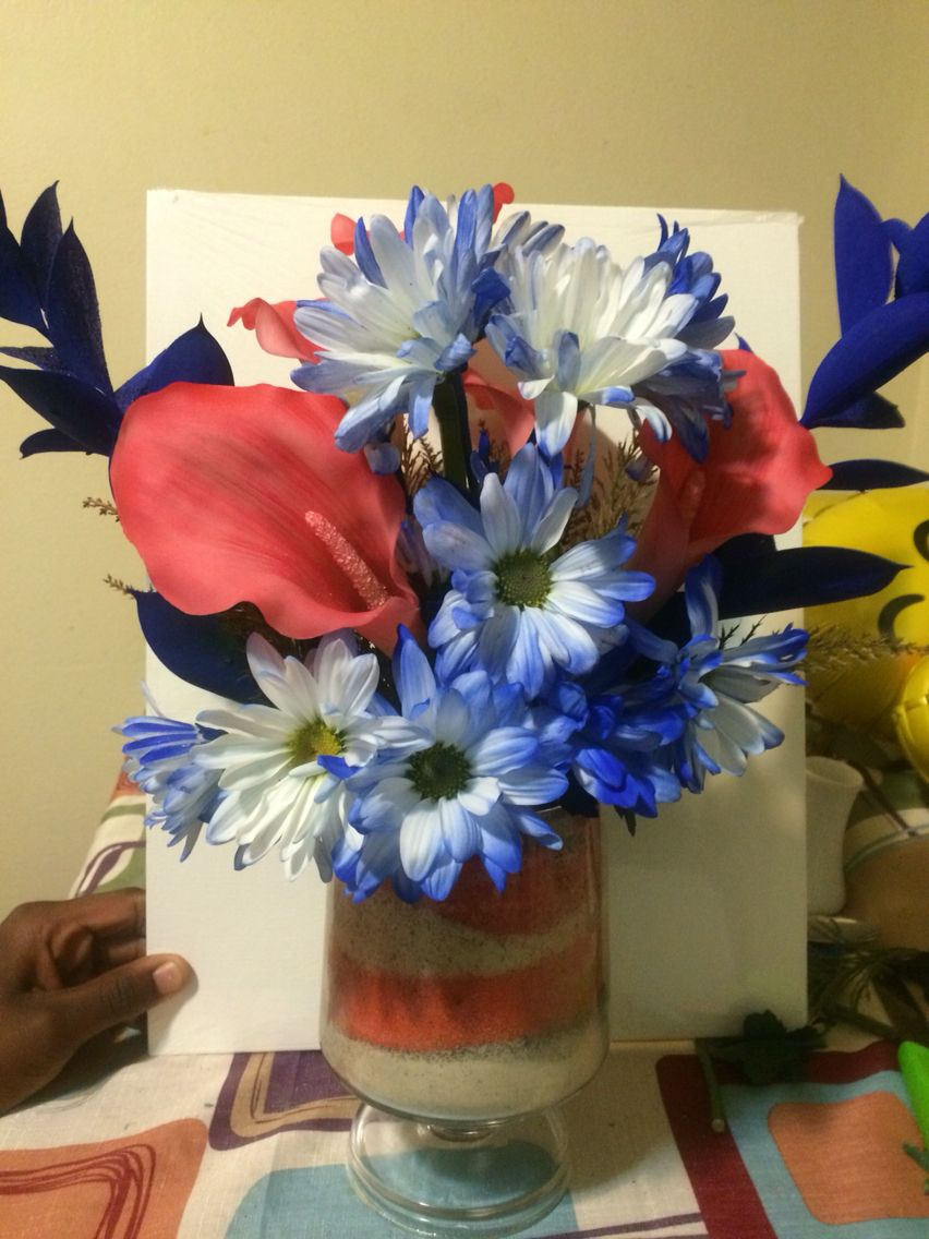 Neighbor wanted to jazz up her fake pink Lily\'s with real flowers ...