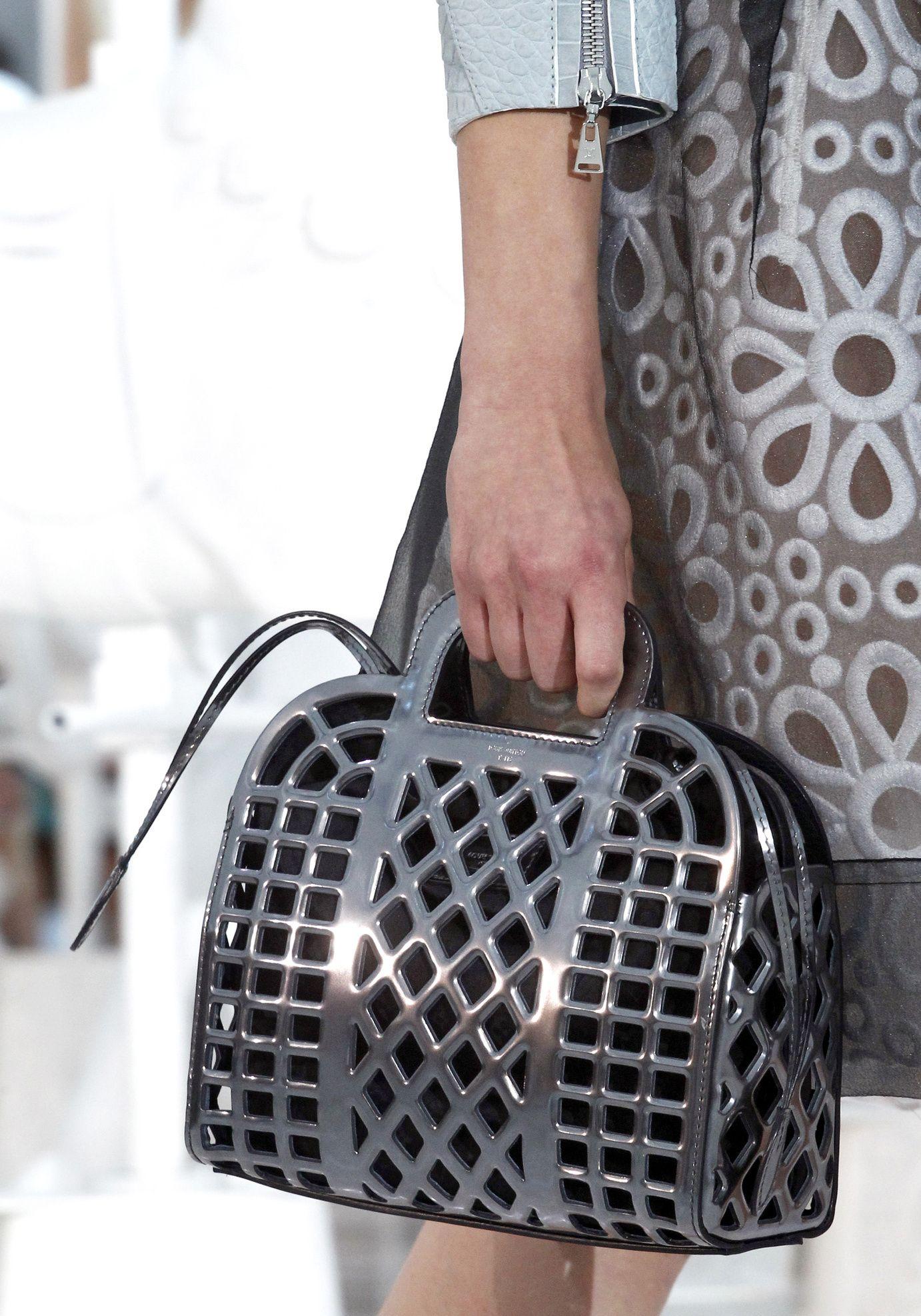 Défilé Louis Vuitton Printemps-été 2012 60   MIST   Louis vuitton ... 5da323c250e