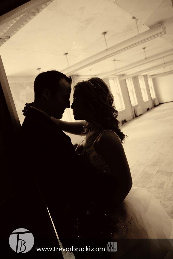 wedding photography at the Millennium Centre: Winnipeg, Manitoba.