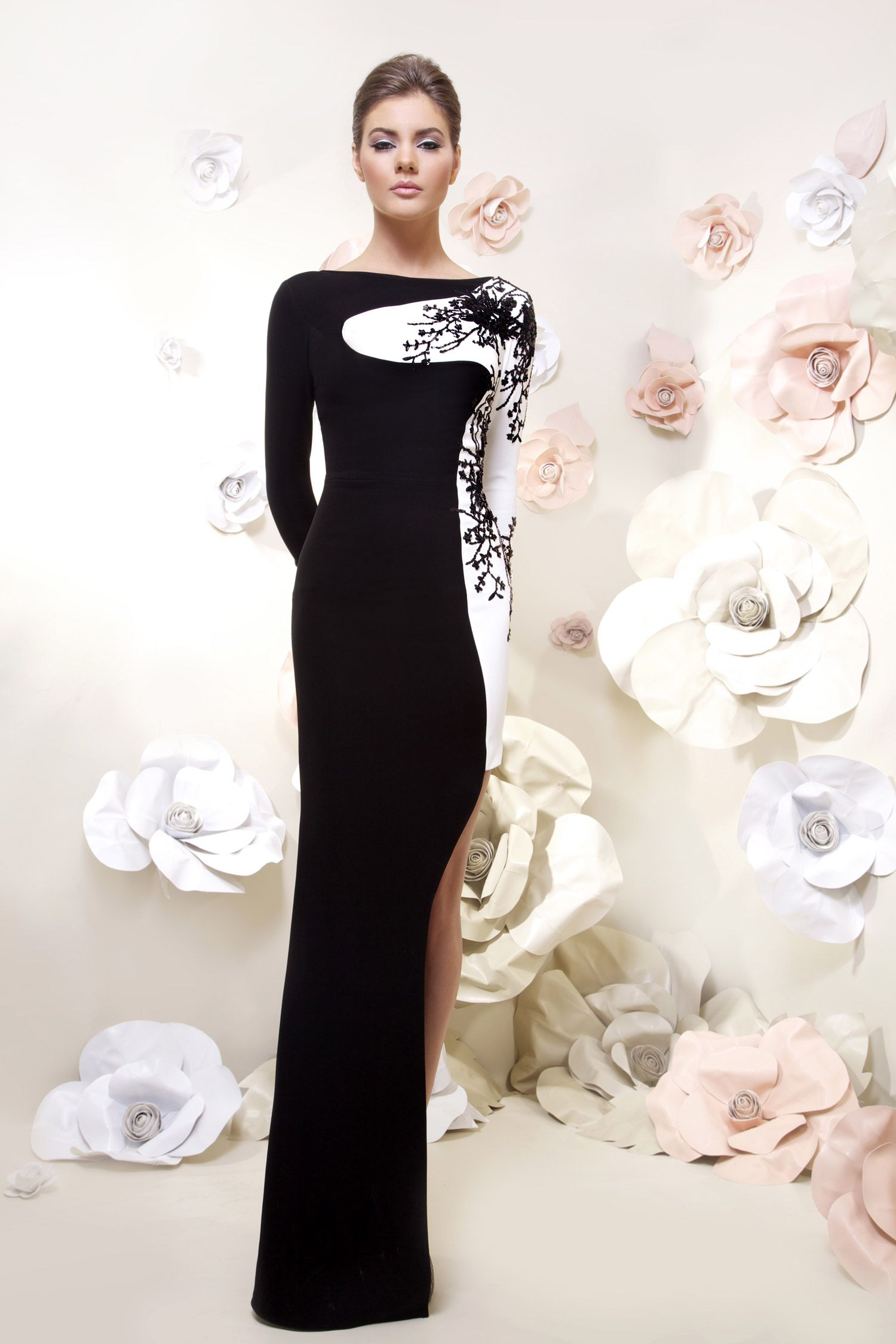 Tarek Sinno Vestido largo. Negro y Blanco. Long dress. Black and ...