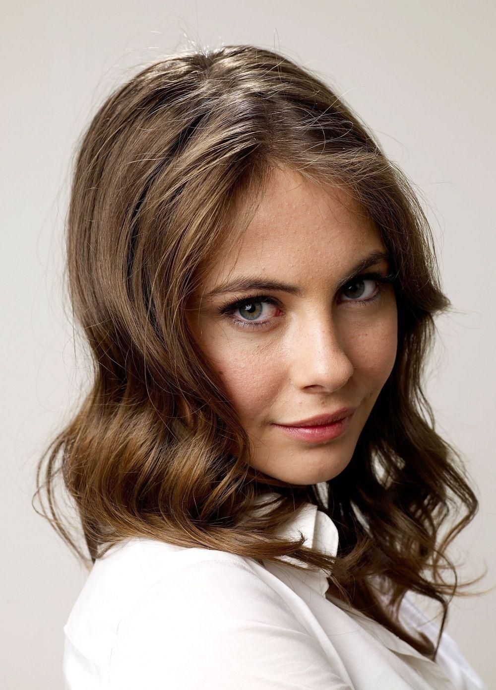 Is a cute Willa Holland