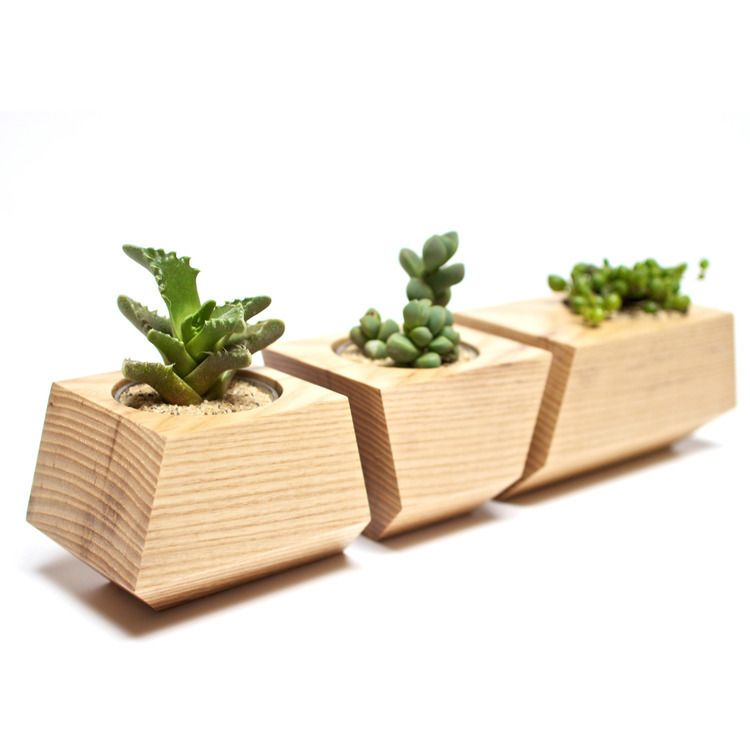 TWO HANDMADE DOLLS HOUSE WINDOW BOXES// GARDEN PLANTERS .NATURAL FINISH