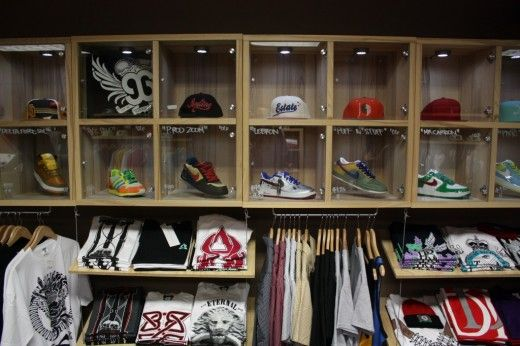 Small Retail Clothing Store Design Ideas