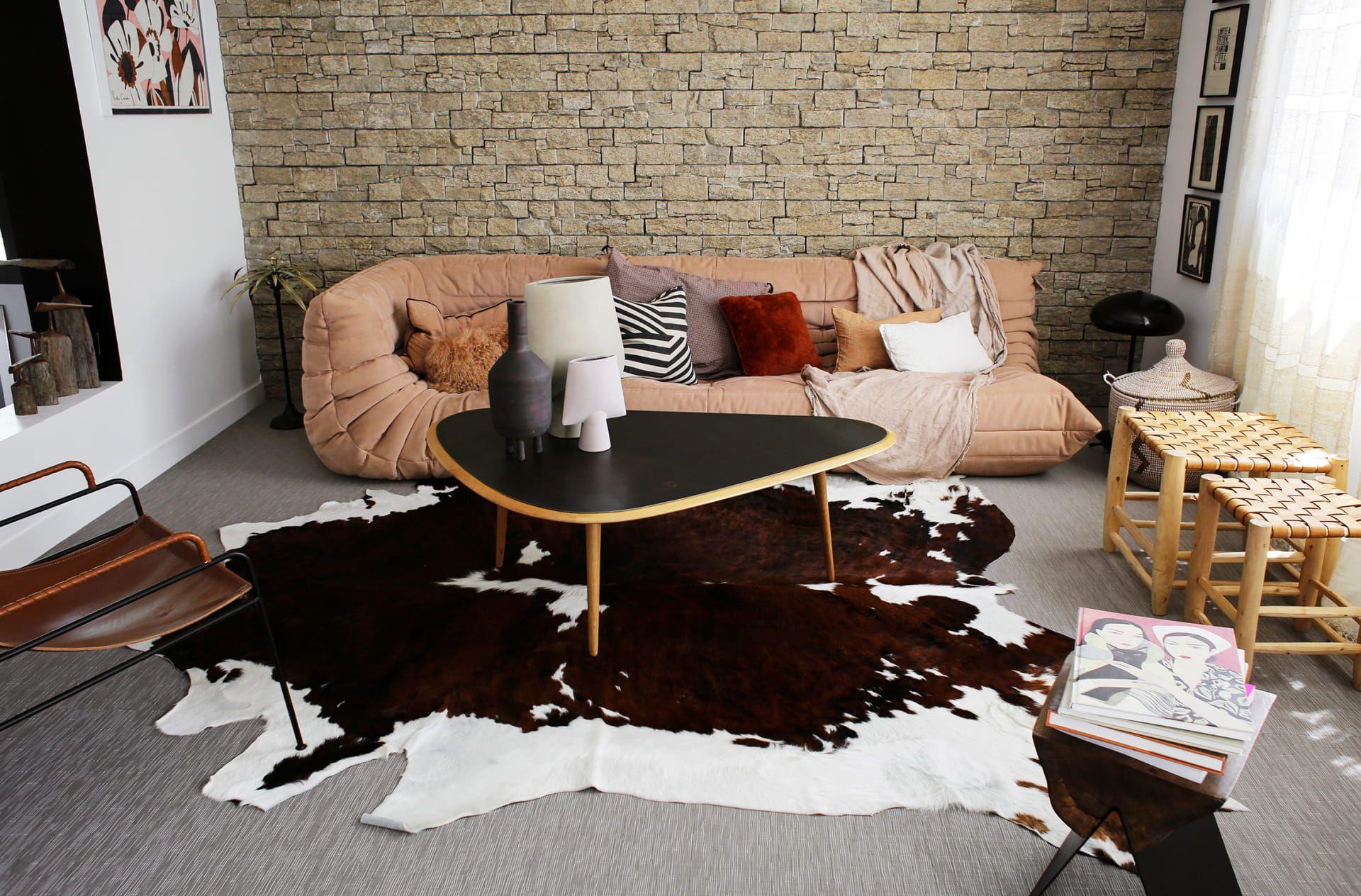 Anne Sophie Bidart Inside Closet En 2020 Meuble Chambre A Coucher Deco Maison Magazine Deco