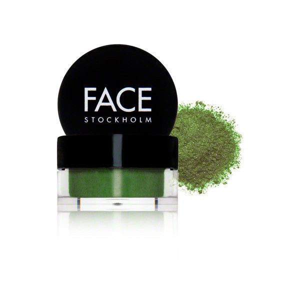 Face Stockholm Face Stockholm Eye Dust - Vintage ($22) ❤ liked on Polyvore featuring beauty products, makeup, vintage makeup, vintage beauty products, vintage cosmetics and face stockholm