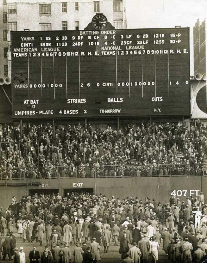 1939 World Series Game 1 Bill Dickey Wins It 2 1 With A Walk Off Single After Charlie New York Yankees Baseball Major League Baseball Stadiums Baseball Stadium