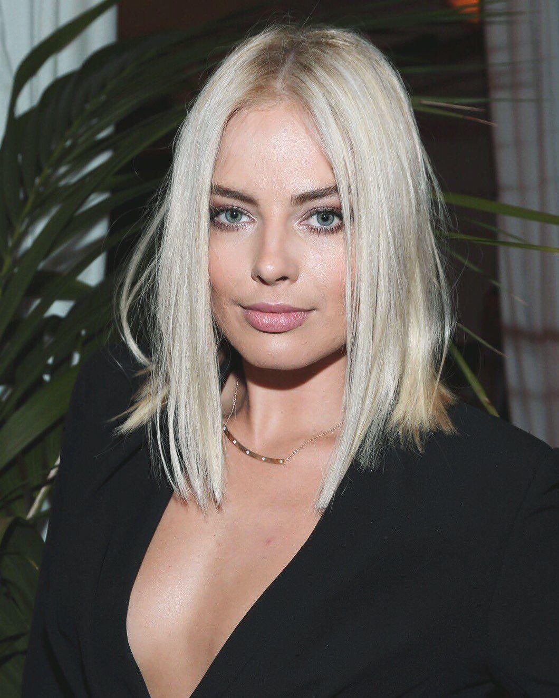 Margot Robbie Platinum Blonde Hair Color Platinum Blonde Hair